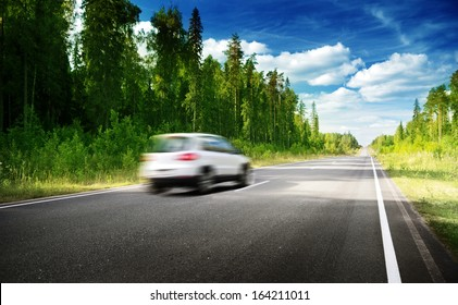 blured car on  road