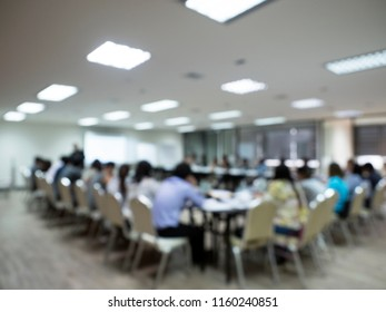 Blurred abstract background of people in the meeting room at the office.