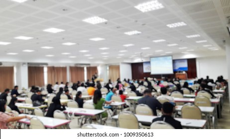 Blurred of business Conference and Presentation in the conference hall.