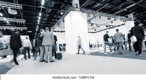 Blurred business people International Tradeshow