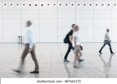 Blurred business people on a traide floor