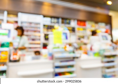 Blurred convenience store, lifestyle shopping concept