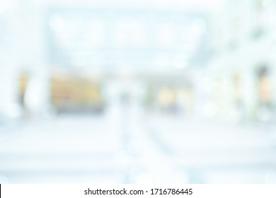 BLURRED OFFICE BACKGROUND, SPACIOUS COMMERCIAL HALL