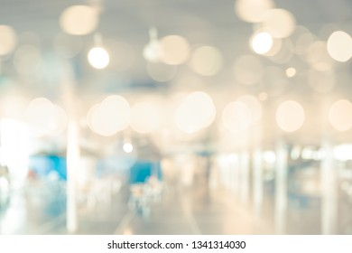 BLURRED OFFICE BACKGROUND, SPACIOUS LIGHT INTERIOR