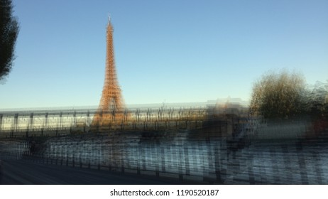 blurry effel tower