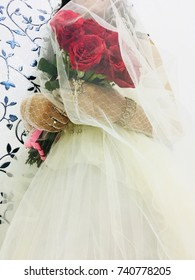 Blurry picture of Bride- Christmas Theme Bridal Bouquet Photography | bridal photography