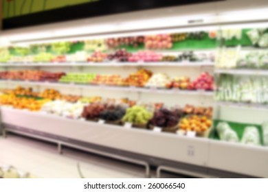 blurry vegetable/fruit supermarket/mall for background
