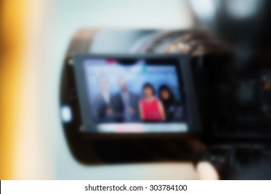 Blurry Video camera lcd display - professional HD production