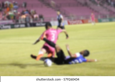 Blur's footballers were running a race alums got the ball crawl.