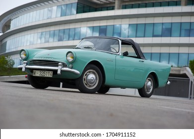 Boadilla del Monte, Madrid, Spain. 05/12/2013. The Sunbeam Alpine is a two-seat sports coupe produced by the Rootes Group from 1953 to 1955, and from 1959 to 1968.