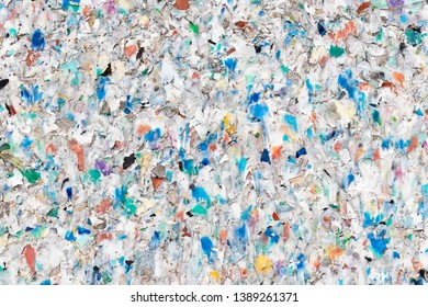 Board made of Conglomerated Plastic Waste Pellets