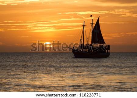 boat on horizon