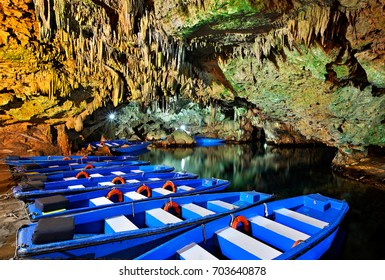 Boat ride in Diros caves, a great way to discover the beauty of the underworld. Mani region, Lakonia, Peloponnese, Greece. Date taken: 22.3.2010