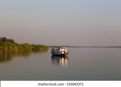 Boat safari in bengal, Sunderbans