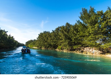 the boat went through the Air Island of Kepulauan Seribu (Thousand islands) of Jakarta, Indonesia