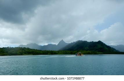 boating around kosrae, micronesia