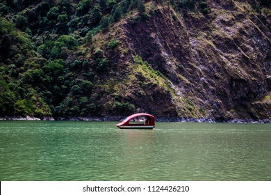 Boating in Lake Chamera Dam