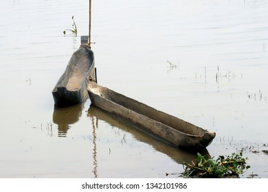 The boats are chiseled from the trunk, the typical boat in Lak village, Dac Lak, Vietnam