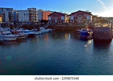 Boats at the docks HDR