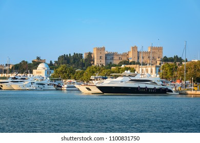 Boats in front of Grand Master palace in City of Rhodes (Rhodes, Greece)