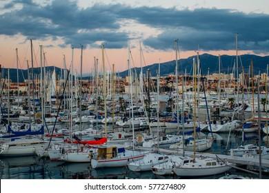 boats  split