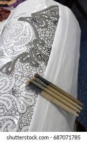 Bobbins and weaving of Vologda lace