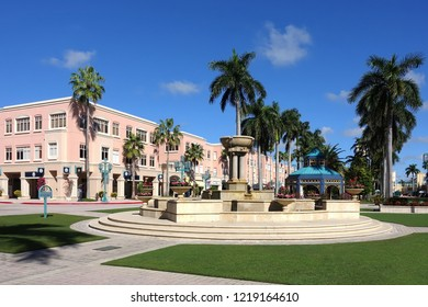 BOCA RATON, FLORIDA, USA - OCTOBER:  Mizner Park Shopping Mall in Boca Raton, elegant, upscale and laid back shopping district in Palm Beach as seen on October 20, 2018.