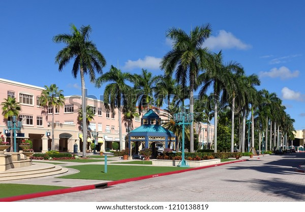 Boca Raton Shopping >> Boca Raton Florida Usa October Mizner Stock Photo Edit Now