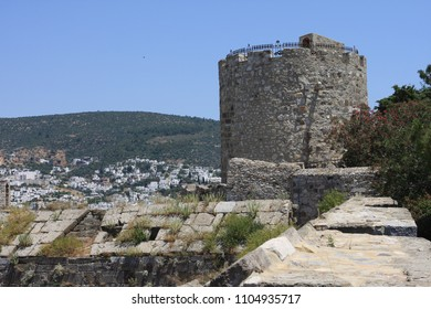 Bodrum Castle Bodrum Kalesi, located in Bodrum, was built in 1402 onwards, by the Knights of St John as the Castle of St. Peter or Petronium. The castle was completed in the late 15th century.