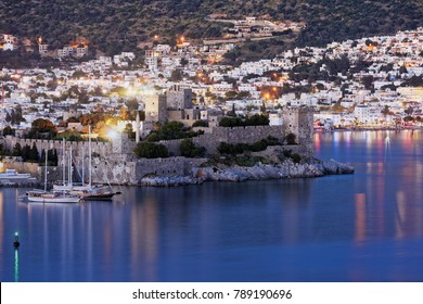 BODRUM, TURKEY - APRIL 15, 2014: Night view to the St. Peter's castle. Built in XV century, now the castle housed Bodrum Museum of Underwater Archaeology