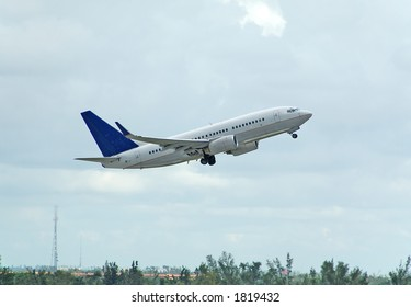 Boeing 737 passenger jet taking off