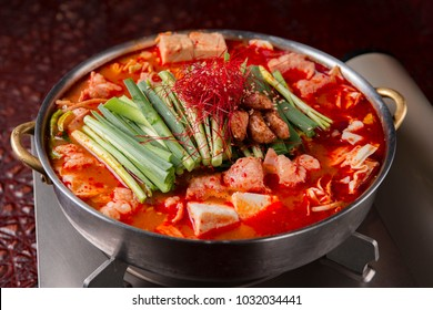 Boiled delicious hot pot