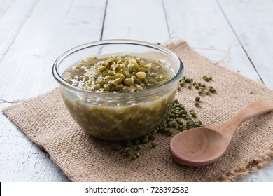 Boiled green mung beans with sugar syrup dessert of thailand
