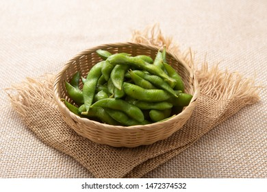 Boiled peas on the table