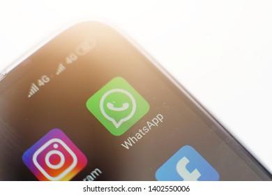 Icon Whatsapp Images, Stock Photos & Vectors | Shutterstock