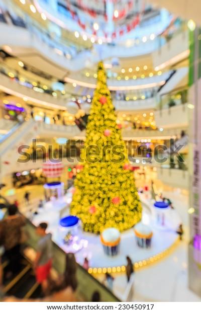 bokeh of chrismas tree decoration