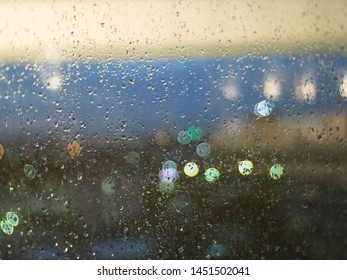 Bokeh images after rain in the evening.