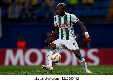 Bolingoli of Rap Wien controls the ball during the Group G match of the UEFA Europa League between Villarreal CF and Rapid Wien at La Ceramica Stadium Villarreal, Spain on October 25, 2018.