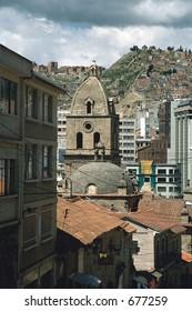 Bolivia: Calles de La Paz.  Enero 2005 / La Paz Streets. January (SLIDE) © Dario Diament/LATINPHOTO.org NO ARCHIVO-NO ARCHIVE-ARCHIEVUNG-VERBOTEN!