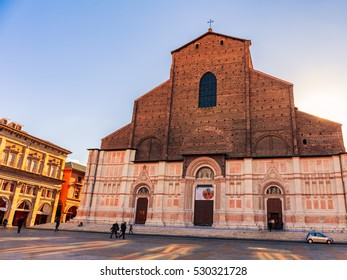 BOLOGNA, ITALY - DECEMBER 01 2016:Town Scene from the classic city center of Bologna in the north of Italy, Europe on a cold sunny Winter Day