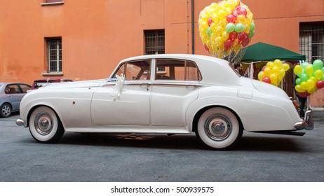 Rolls Royce Wedding Images Stock Photos Vectors Shutterstock