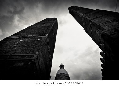 Bologna two towers in black and white