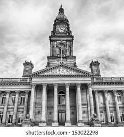 Bolton town hall in black and white