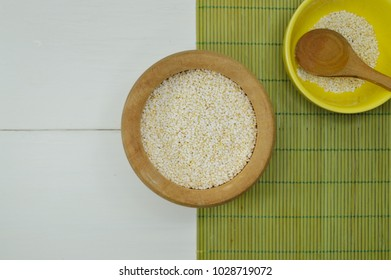 Bolws with amaranth for your nutrition projects or food topics in your publications.