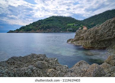 Bonassola coast - Ligurian sea - Long exposure