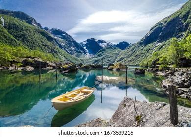 Bondhus-Bergsee in Norwegen