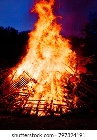 bonfire on easter day in the evening