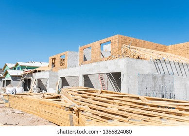 BONITA SPRINGS, FLORIDA - MARCH 23, 2019: New construction for luxury homes and condos in a South Florida golf community by Lennar.