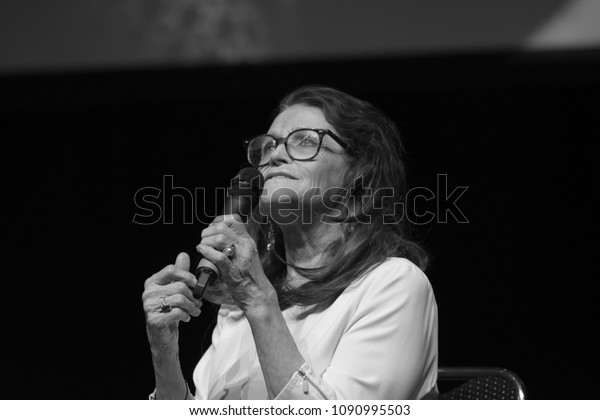 Bonn, Germany. 20th Oct 2017. Margot Kidder (1948-2018), canadian actress, talking about her experiences during a panel at Fear Con, a horror fan convention