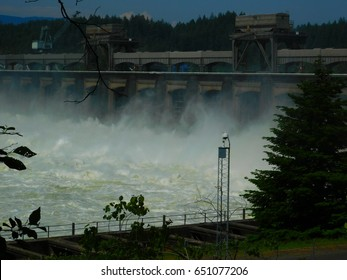 Bonneville Dam under full spring runoff spill
